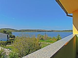 Perfect Condo with Internet Access and A/C - Pomer vacation rentals