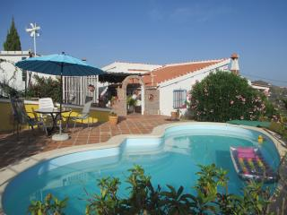 Nice Condo with Internet Access and Shared Outdoor Pool - Competa vacation rentals