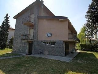 Sunny Condo with Internet Access and Short Breaks Allowed - Porto Valtravaglia vacation rentals