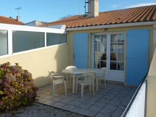 Nice 1 bedroom Saint Gilles Croix de Vie House with Short Breaks Allowed - Saint Gilles Croix de Vie vacation rentals