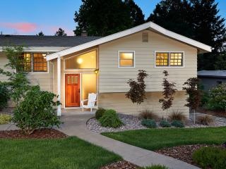 Upscale & Air Conditioned Accommodations for 6 - Corvallis vacation rentals