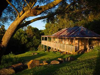 4 bedroom Chalet with Balcony in Dungog - Dungog vacation rentals