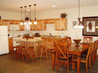 4 bedroom House with Deck in South Fork - South Fork vacation rentals