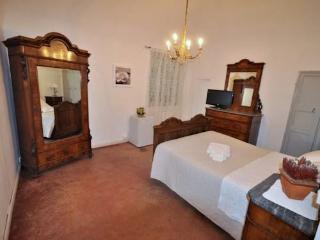 B&B - Castello di Tassarolo - Suite - Tassarolo vacation rentals