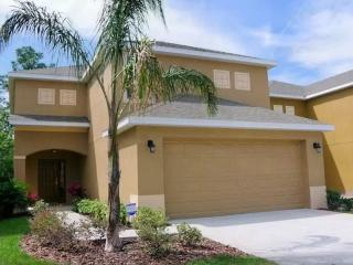 Complete 4Bedr Priv Swim Pool 10min to Disney - Kissimmee vacation rentals