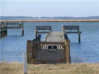 Charming 2 bedroom Chincoteague Island House with Internet Access - Chincoteague Island vacation rentals