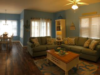 Beach Block: 3-Bed/2 Full Bath* Rooftop Deck - Wildwood vacation rentals