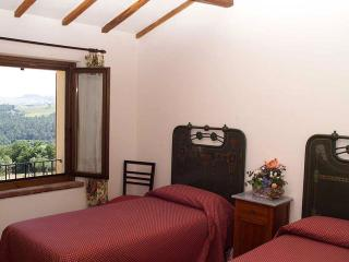 Margherita countryside view apartment - Todi vacation rentals