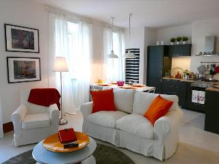 In Heart of Historic Siena, a Stylish and Modern, 2 Bedroom Apartment, Steps to Campo - Siena vacation rentals