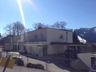 Comfortable 3 bedroom Condo in Zell am See with Internet Access - Zell am See vacation rentals