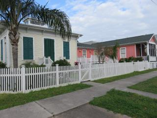Charming House with Internet Access and A/C - Galveston vacation rentals
