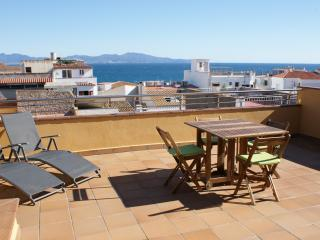2 bedroom Apartment with A/C in L'Escala - L'Escala vacation rentals
