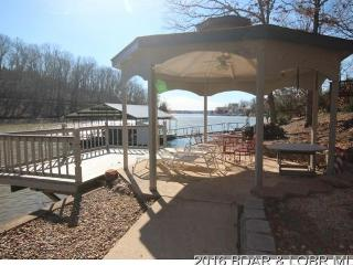 Perfect House with Deck and Hot Tub - Rocky Mount vacation rentals