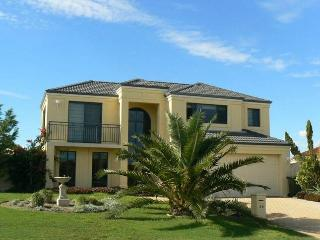 Sunny 4 bedroom Vacation Rental in Quinns Rocks - Quinns Rocks vacation rentals