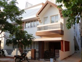 Bright 4 bedroom House in Mysore - Mysore vacation rentals