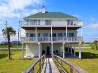 WINDYGATE - BEACHFRONT WITH GREAT BEACH VIEWS! - Galveston vacation rentals
