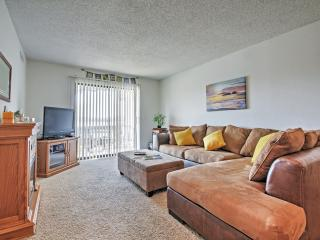 Impressive 2BR Lake Ozark Condo w/Community Pool Access, Balcony & Wonderful Lake View - Located Near an Abundance of Amusing Attractions! - Lake Ozark vacation rentals