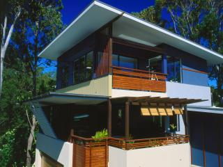 Romantic 1 bedroom Apartment in Currumbin with Internet Access - Currumbin vacation rentals