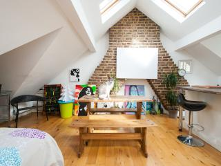 Amazing Loft Living in Brixton - London vacation rentals