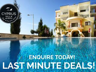 Beautiful 2 Bedroom, Top Floor With Infinity Pool - Paphos vacation rentals