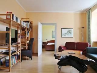 Vacation Apartment in Bamberg - 807 sqft, spacious, near heart of town, quiet - Bamberg vacation rentals