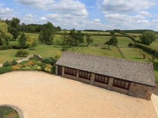The Cotswold Manor Cottage - Hot Tub & Games Barn - Bampton vacation rentals