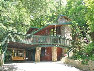 Almost Heaven   Pool Table Hot Tub Jacuzzi Secluded WiFi   Free Nights - Gatlinburg vacation rentals