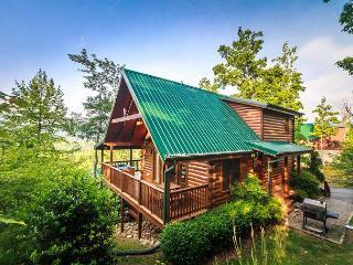 Enchanted View Lodge  Great Views Pool Access Hot Tub WiFi Free Nights - Gatlinburg vacation rentals