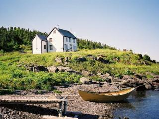Quoyles House - 5 miles from L'Anse aux Meadows - Saint John's vacation rentals