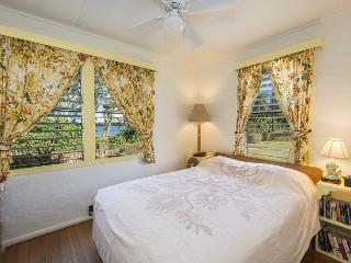 Hibiscus Hula Beach Cottage, Walk to Beach, Sunrise, Ocean & Mountain Views - Anahola vacation rentals