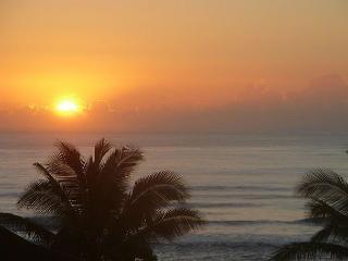 Kaha Lani 311, Sandy Beach, Hear the Ocean, Sunrise Views! July Stays 15% Off - Lihue vacation rentals