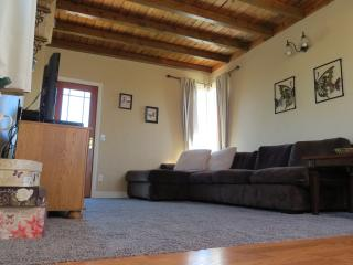 Gorgeous Condo with Iron and DVD Player - Morro Bay vacation rentals