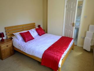 Cottage 150 - Clifden - Clifden Town Centre Holiday Home - Clifden vacation rentals