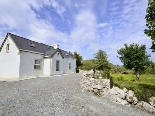 Cottage 179 - Cashel - Coastal Holiday Cottage in Cashel Connemara - Cashel vacation rentals