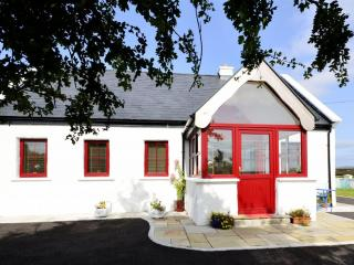 Cottage 180 - Camus - Holiday Cottage in Camus Connemara - Derravonniff vacation rentals