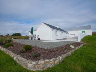 Cottage 190 - Roundstone - Holiday Cottage Inishnee Roundstone - Roundstone vacation rentals