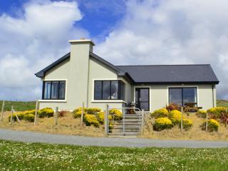 Cottage 103 - Claddaghduff - Beach Side Property Claddaghduff Clifden - Clifden vacation rentals