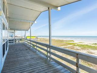 Oceanview Bungalow in Galveston with Direct Beach Access – Sleeps 6 - Galveston vacation rentals