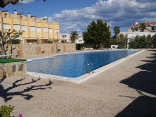 2 bedroom Apartment with Shared Outdoor Pool in Alcossebre - Alcossebre vacation rentals