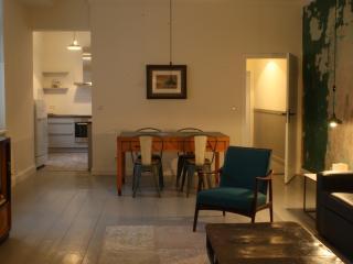Stylish 4th Floor Apartment in Prenzlauer Berg - Berlin vacation rentals