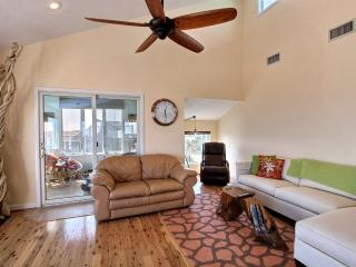 Beautiful 4 bedroom Avon House with Hot Tub - Avon vacation rentals