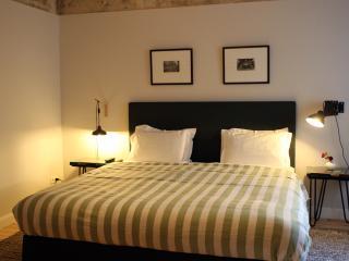Superb Ground Floor Apartment in Prenzlauer Berg - Berlin vacation rentals