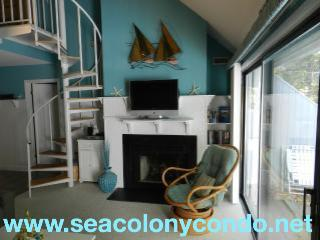 Sea Colony Condo - Beautifully updated - sleeps 6 - Bethany Beach vacation rentals
