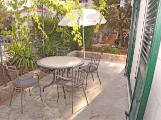 Apartment Garden West Vrboska Hvar - Hvar vacation rentals