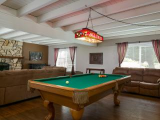 4 Bedrooms 3000 sq. ft. Downtown Templeton - Templeton vacation rentals
