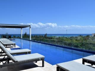 Terrazas 201 spacious & sunny condo near the beach - Playa del Carmen vacation rentals