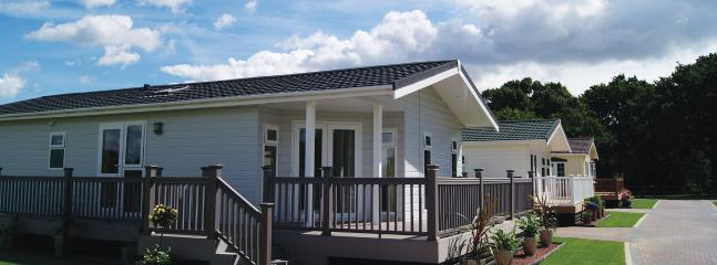 2 Bedroom Deluxe Lodge at Elm Farm - Clacton-on-Sea vacation rentals