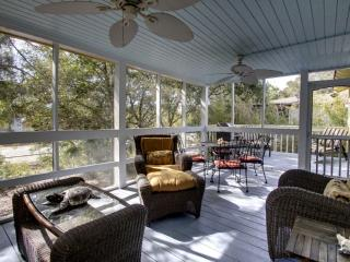 Bright 3 bedroom Cottage in Isle of Palms - Isle of Palms vacation rentals