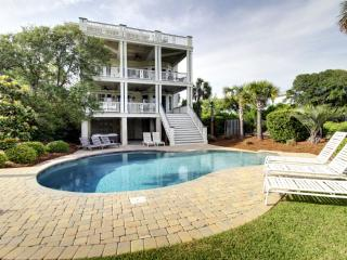Perfect 6 bedroom House in Isle of Palms with Deck - Isle of Palms vacation rentals