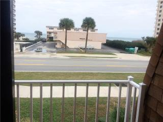 Sea Shell Villa 5, 3 Bedrooms, Ocean View, Pet Friendly, WiFi, Sleeps 8 - Daytona Beach vacation rentals